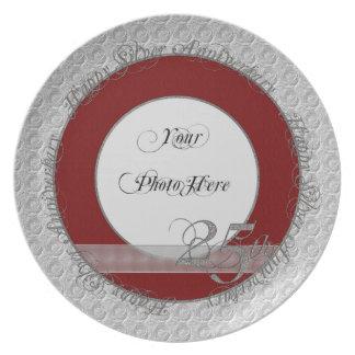 Rojo de plata feliz de la placa de la foto del ani plato de comida