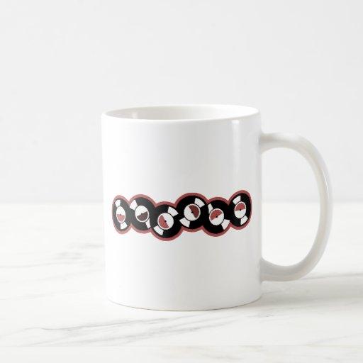 Rojo de registro de la fila taza de café