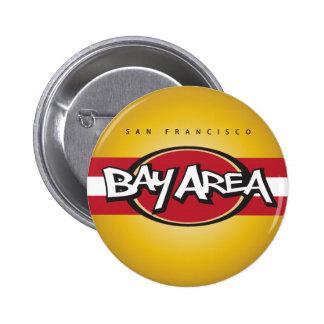 Rojo del área de la bahía y botón del oro pin