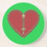 Rojo del corazón del rosario ningún logotipo posavasos cerveza