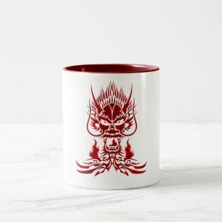 Rojo del dragón del diablo taza de dos tonos