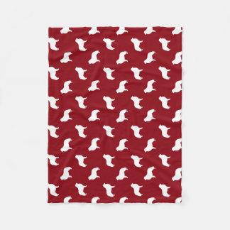 Rojo del modelo de las siluetas de los grandes manta de forro polar