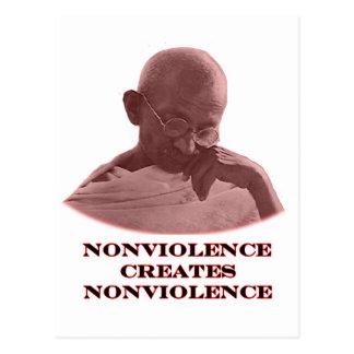Rojo del Nonviolence los regalos de Zazzle del Tarjetas Postales