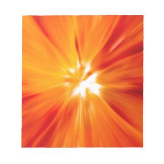 Rojo del resplandor solar y anaranjado originales blocs de notas