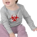 Rojo del símbolo del Biohazard Camiseta