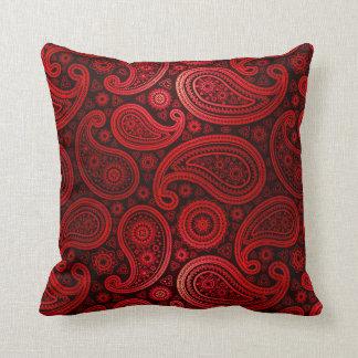 Rojo el   de rubíes de lujo de Paisley Almohada
