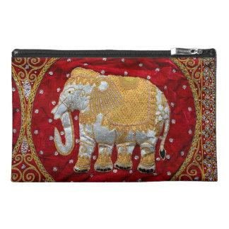 Rojo embellecido y oro del elefante indio