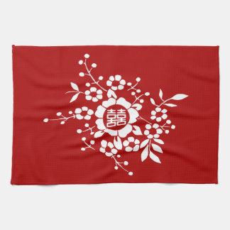 Rojo • Flores de corte de papel • Felicidad doble Toallas