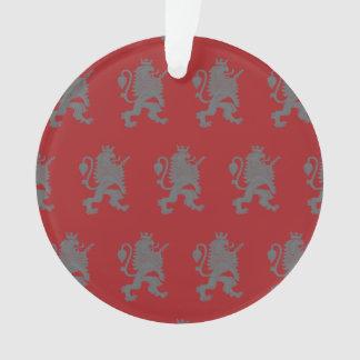 Rojo gris coronado del león
