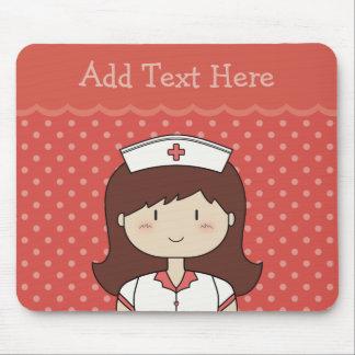 ROJO lindo de la enfermera del dibujo animado (bru Mousepad
