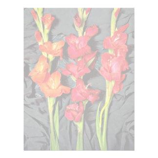 Rojo, naranja y flores del gladiolo del escarlata membrete personalizado