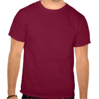 Rojo nebuloso y marina de guerra del contraste camisetas