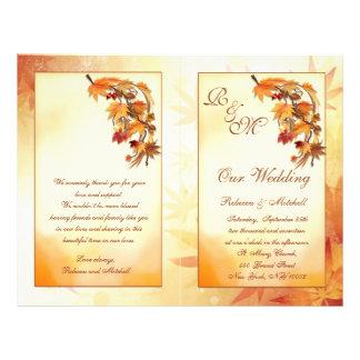 Rojo, oro, hojas otoñales marrones que casan progr tarjetas publicitarias