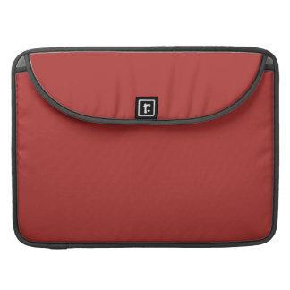 ~ ROJO OXIDADO (del color sólido) Fundas Macbook Pro