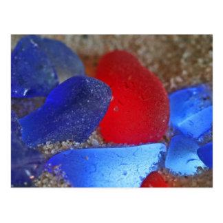 Rojo raro y azul de cobalto Seaglass Postal