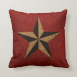 Rojo rústico de la estrella náutica cojin