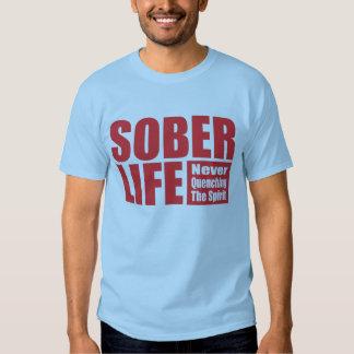 Rojo sobrio de la Vida Remeras