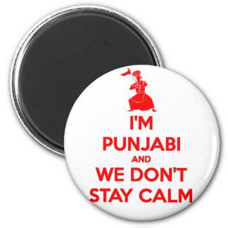 (ROJO) soy Punjabi y no permanecemos tranquilos Imán Redondo 5 Cm