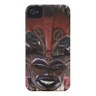 Rojo tallado de madera tribal africano ritual de B iPhone 4 Coberturas