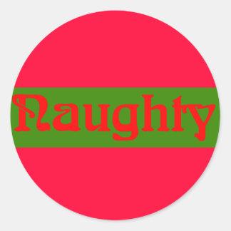Rojo travieso en verde etiqueta