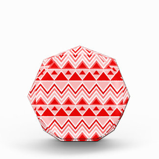 Rojo tribal azteca de Chevron de los triángulos de