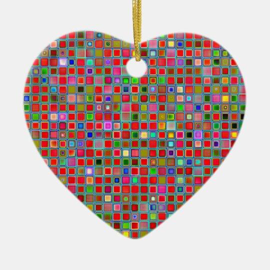 Rojo, verde de musgo y modelo de las tejas de la adorno navideño de cerámica en forma de corazón