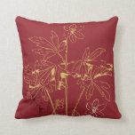 Rojo y almohada orgánica de la flor del oro