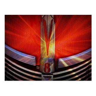 Rojo y cromo V8 Postal
