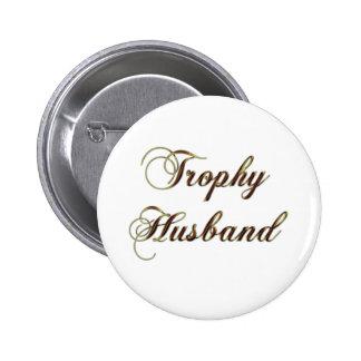 Rojo y marido del trofeo del oro pin