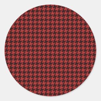 Rojo y modelo texturizado negro de Houndstooth Etiquetas Redondas