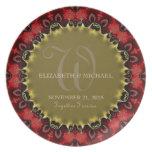 Rojo y placa del regalo del recuerdo del boda del  plato