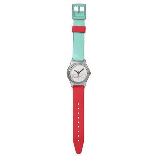 Rojo y reloj de la turquesa con símbolo del infini