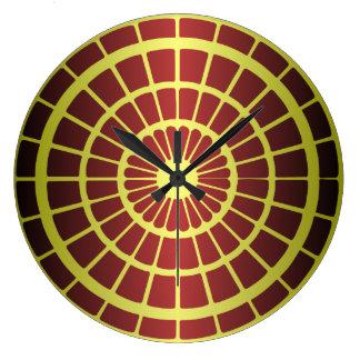 Rojo y reloj de pared circular de la teja del oro
