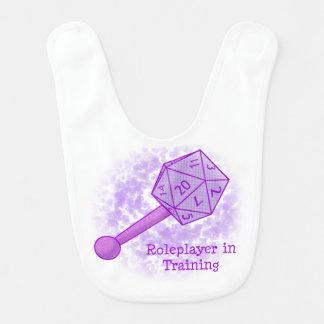Roleplayer en el entrenamiento del babero púrpura