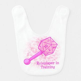 Roleplayer en el entrenamiento del babero rosado