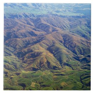 Rolling Hills en la región de Southland de Nueva Z Azulejo Cuadrado Grande