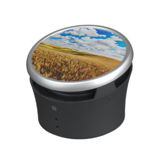 Rolling hills of ripe wheat bluetooth speaker
