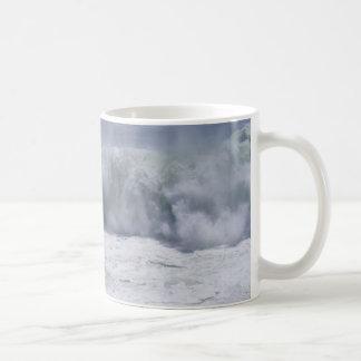 Rolling Wave Mug