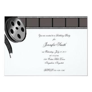 Rollo de película en la invitación blanco y negro