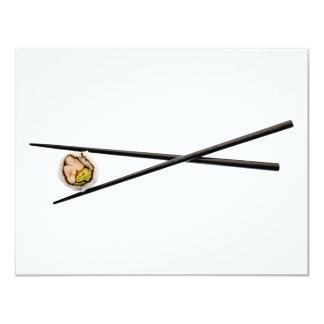 Rollo de sushi y palillos - plantilla modificada invitación 10,8 x 13,9 cm