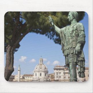 Roma, el foro, estatua de Cesar Tapete De Ratón