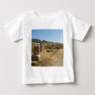 Roman Ruins at Hierapolis Pamukkale  Turkey T-shirts