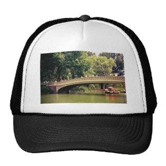 Romance del Central Park - puente del arco - New Y Gorros Bordados