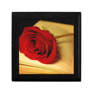 Romance in Literature Keepsake Box
