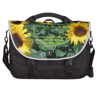 Romans 34.8 laptop bag