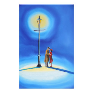 Romantic couple under a street lamp stationery