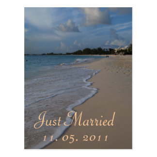 Romantic Just Married Wedding Announcement Postcard