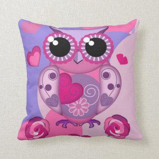 Romantic Owl, roses & Hearts Valentine Pillow