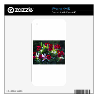 Romantic Red Rose Bouquet Skin For iPhone 4S
