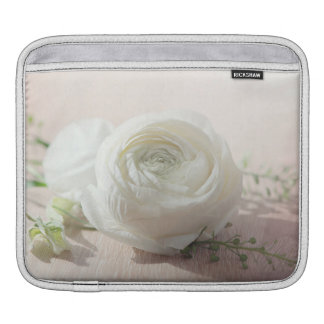Romantic White Rose Sleeve For iPads